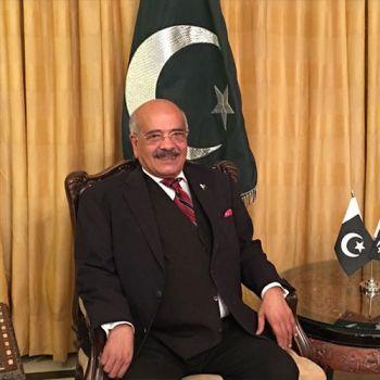 Dr. Sheikh  Qaiser  Waheed